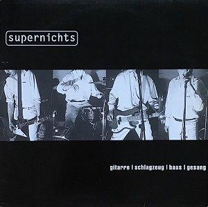 supernichts-gitarre-schlagzeug-bass-gesang.jpg